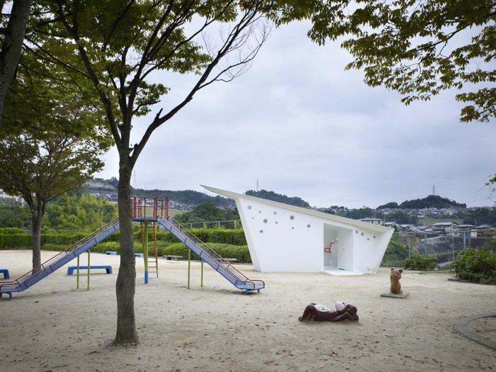 Hiroshima Park Restrooms – туалет в стиле оригами