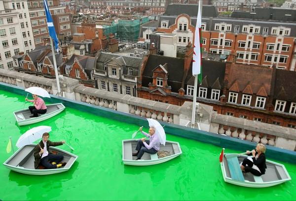 Венецианский канал на крыше торгового центра Selfridges в Лондоне