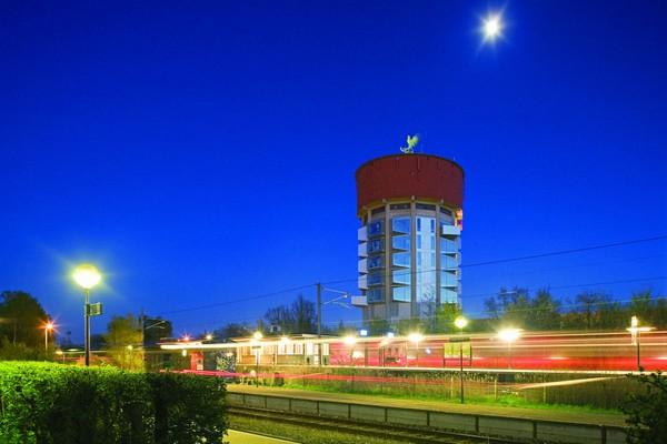 Jaegersborg Water Tower – водонапорная башня с общежитием. Источник фото: architecturenewsplus.com