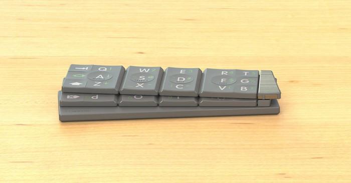 Textblade – удивительная миниатюрная внешняя клавиатура для смартфонов