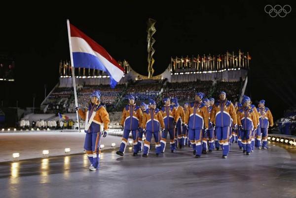 http://www.novate.ru/files/u32501/winter-olympic-stadiums-10.jpg