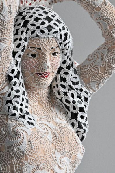 Известная художница Джоана Васконселос (Joana Vasconcelos).