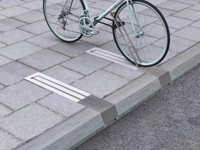 Компактные велосипедные стойки.