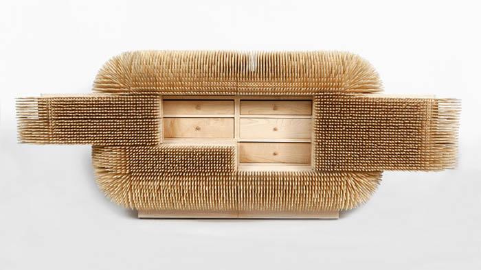 Необычный комод из бамбуковых реек.