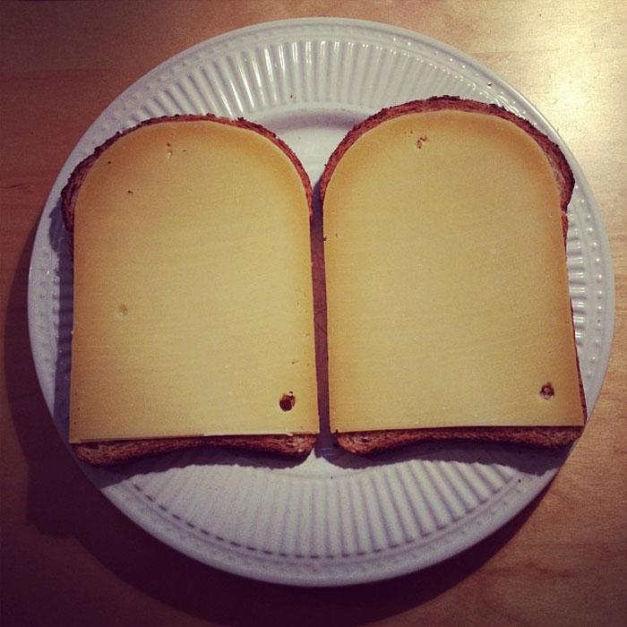 Совершенный бутерброд с сыром.