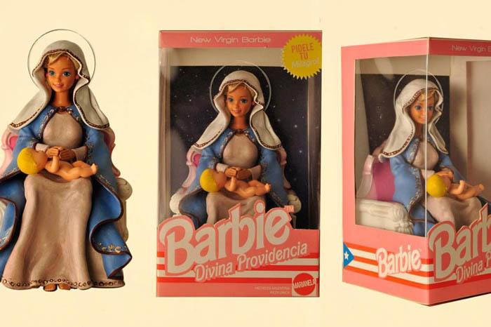 Барби и Кен, предстающие в ообразе святых.