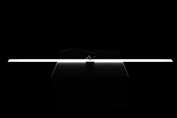 Гибкий светильник от Tobias Lugmeie.