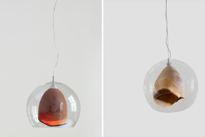 Итальянские светильники из вишневого дерева и стекла.