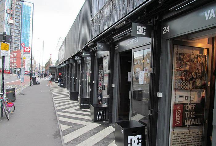 Торговая улица в Лондоне, на которой все заведения находятся в контейнерах.
