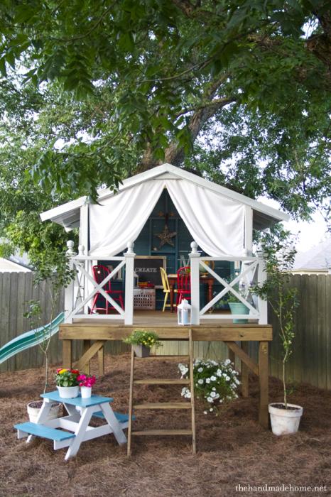 Неймовірний будиночок для дитячих ігор.