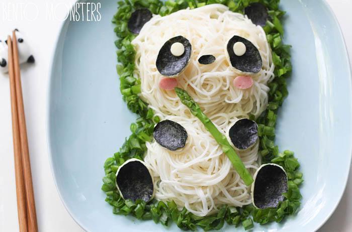 Панда из риса.