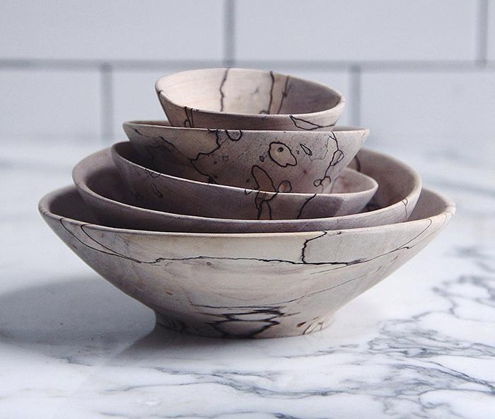 Посуда и утварь от Ariele Alasko.