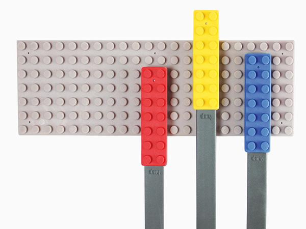 Набор, сделанный по принципу Lego.