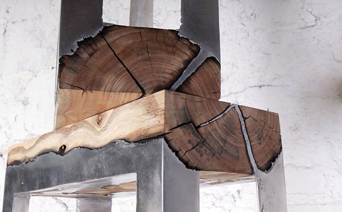 Оригинальная мебель из дерева и алюминия.