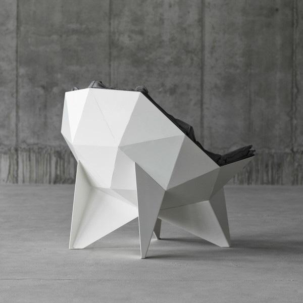 Необычное кресло Q1.