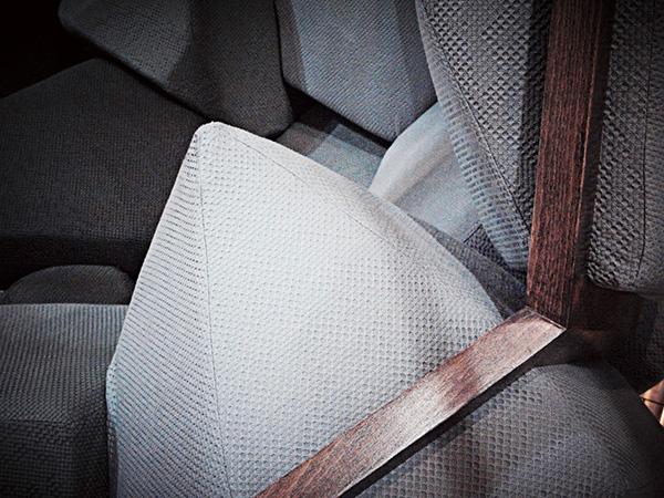 Необычное кресло от CTRLZAK Art & Design.