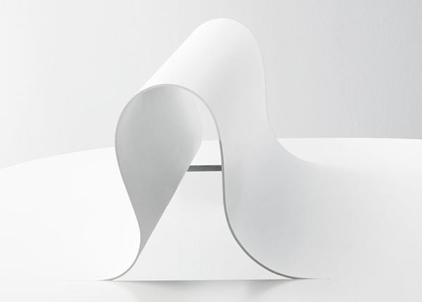 Необычная белая мебель от Nendo.