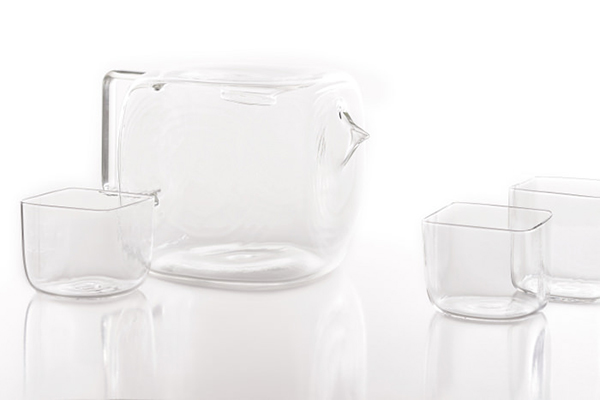 Коллекция стеклянной посуды от Antonio Arico и Massimo Lunardon.
