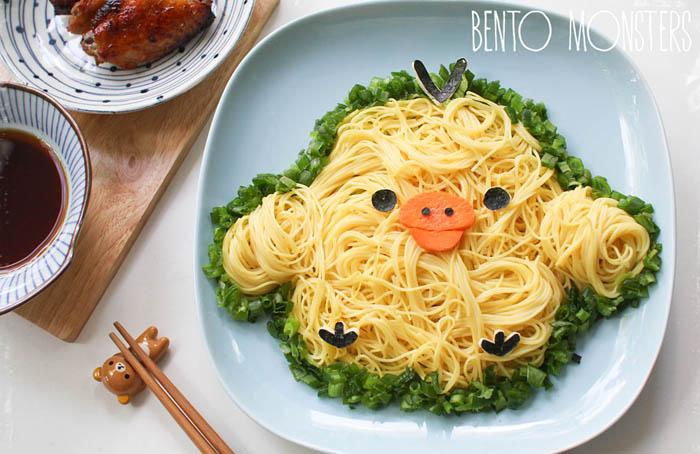 Цыпленок из спагетти.