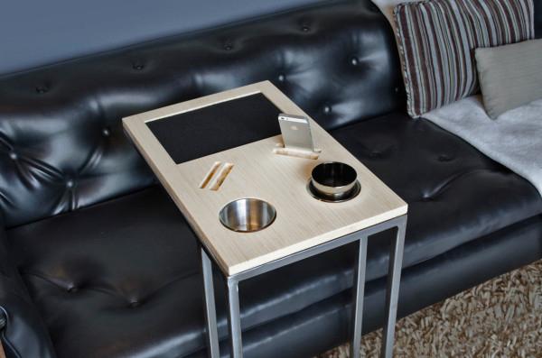 Удобный столик