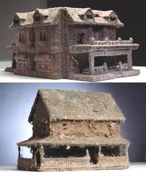 Кукольный дом из пыли.
