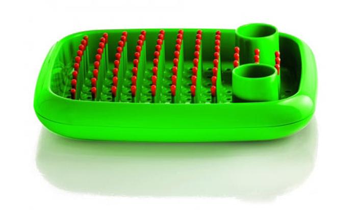 Зеленая сушилка для посуды от Marc Newson.