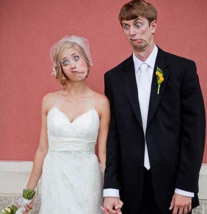 Как необычно сфотографироваться на свадьбе.