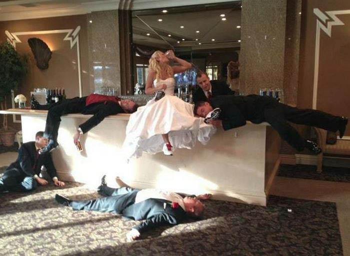13 идей для фотосессий жениха и невесты.