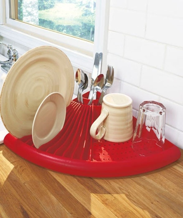 Компактная сушка для посуды.