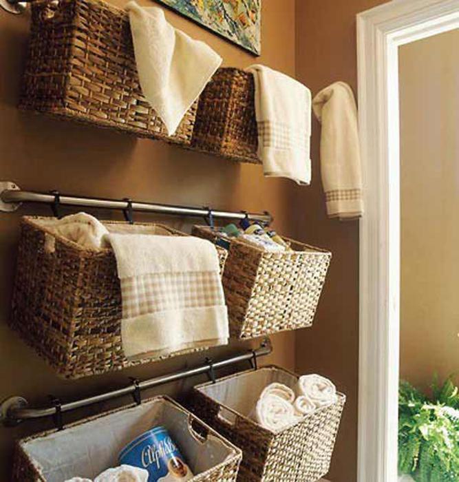 Плетеные корзины для полотенец.