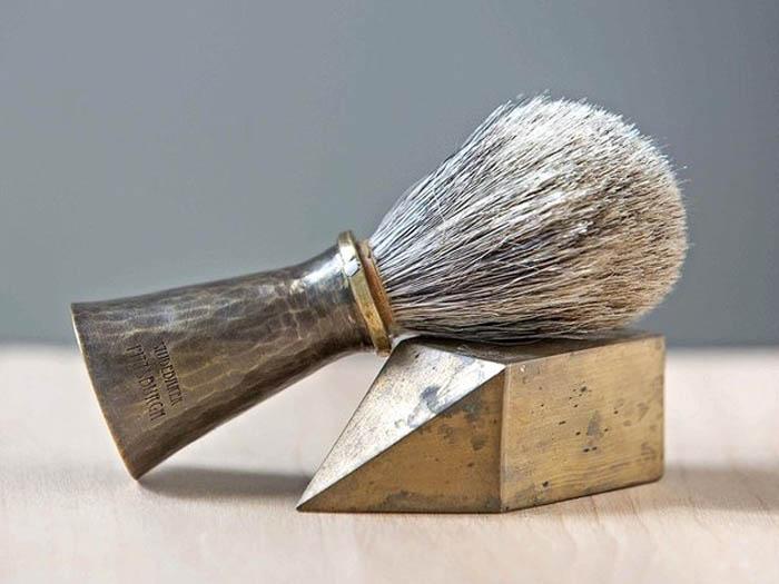 Старомодный набор для бритья.