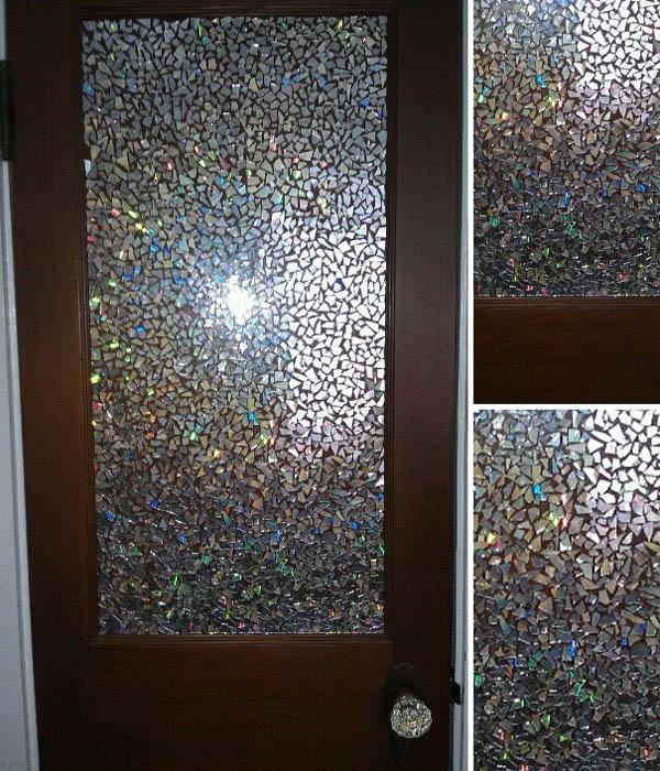 Мозаика для двери из компакт-дисков.