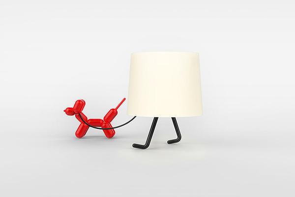 Настольная лампа с ножками.