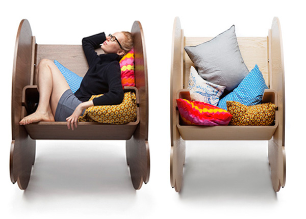 Деревянные кресла-качалки от Lincoln Kayiwa.
