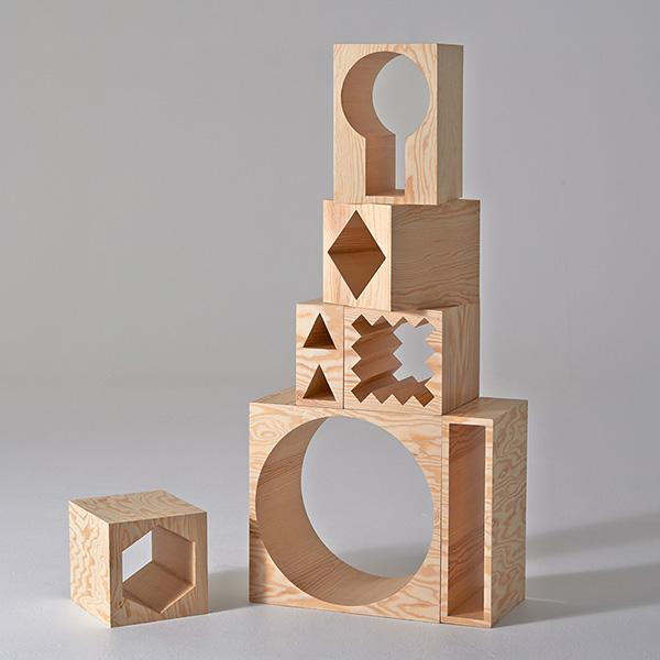 Деревянные шкафы-трансформеры.
