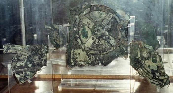 Самый древний аналоговый компьютер.