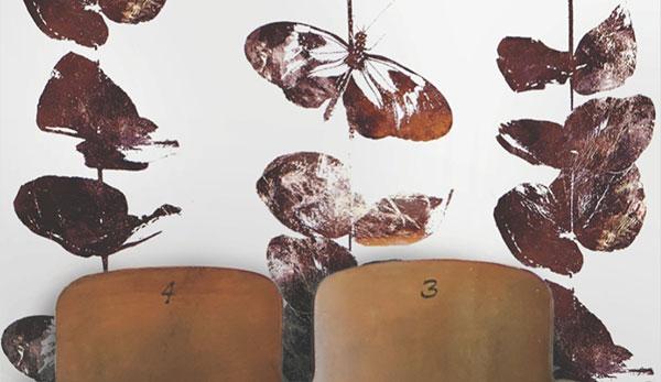Обои с цветами и бабочками от студии Custhom.