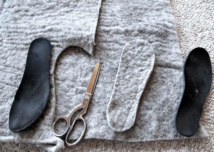Самые теплые стельки можно вырезать из куска шерсти.