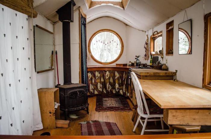 Уютный домик на колесах.