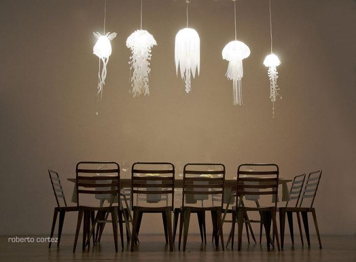 Очаровательные светильники в форме медуз.