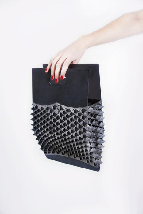 Оригинальный дизайн сумки от Stella Derkzen.