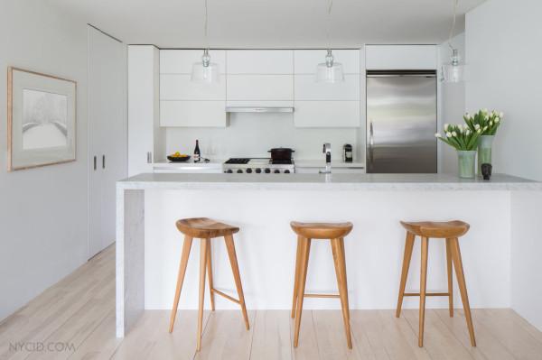 Белоснежная кухня от NYC Interior Design.
