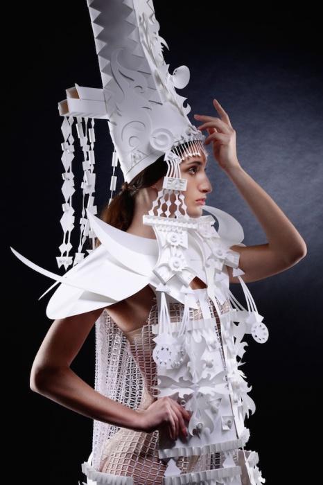 Бумажная коллекция национальных костюмов от Аси Козиной (Asya Kozina).