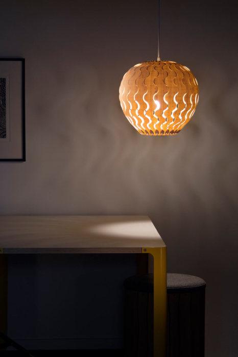 Стильный светильник для дома от Дэвида Трабриджа (David Trubridge).