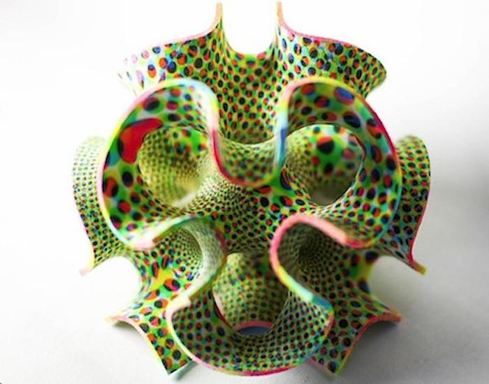 Красочный рафинад, распечатанный на 3D-принтере.