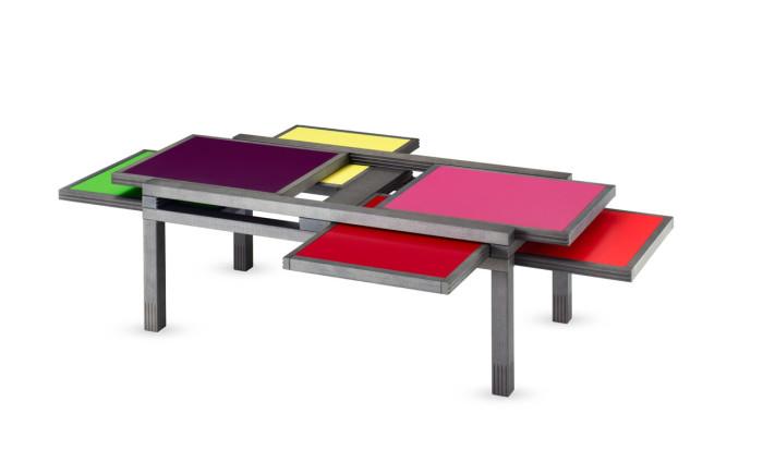 Оригинальный столик от компании Hexa Table.