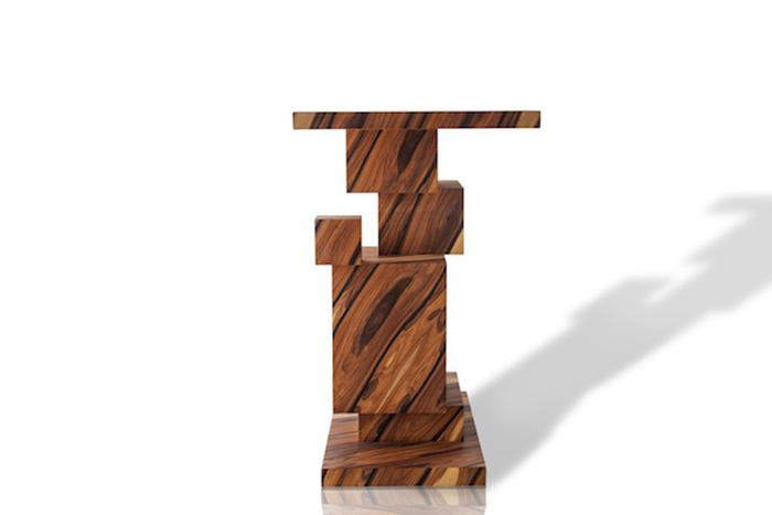 Футуристический дизайн стола от Amarist.