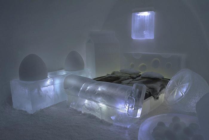 Ледяная кровать для отчаянных экстремалов.