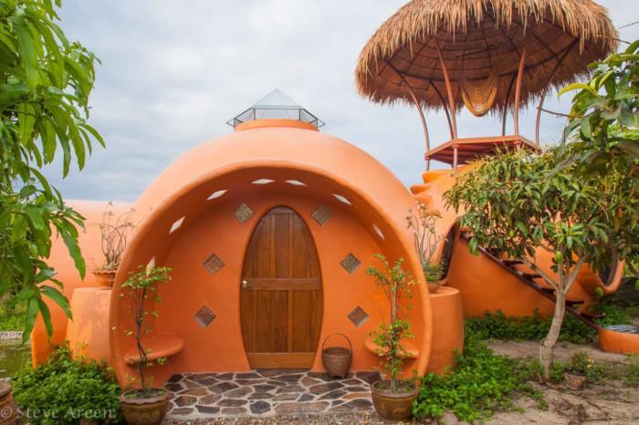 Дом в форме купола, принадлежащий Steve Areen.