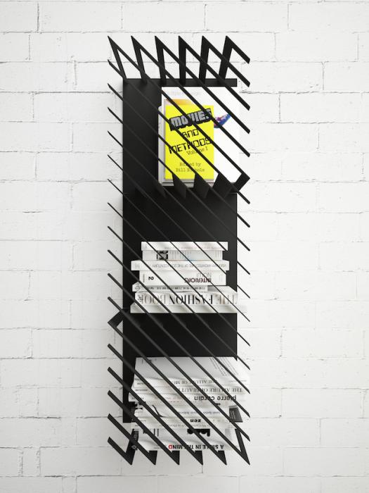 Интересная модель книжной полки от дизайнера из Киева.